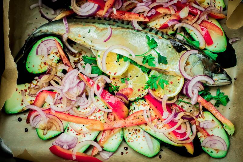 Mamalyga_makrela pieczona z warzywami