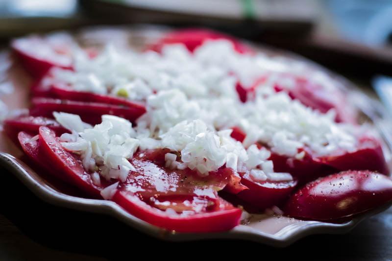 Mamalyga_salatka z pomidorow