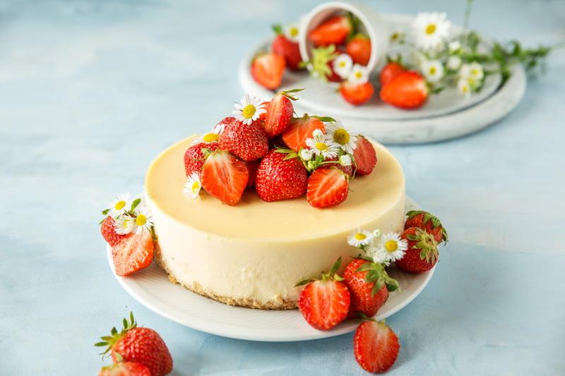 Mamalyga_ciasto z truskawkami