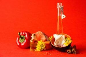 zupa rybna z pomidorami, fasolka szparagowa i ogorkami malosonymi PRODUKTY
