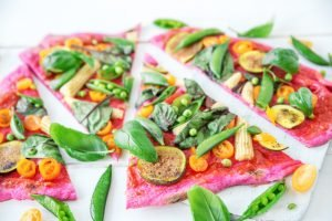 różowa pizza