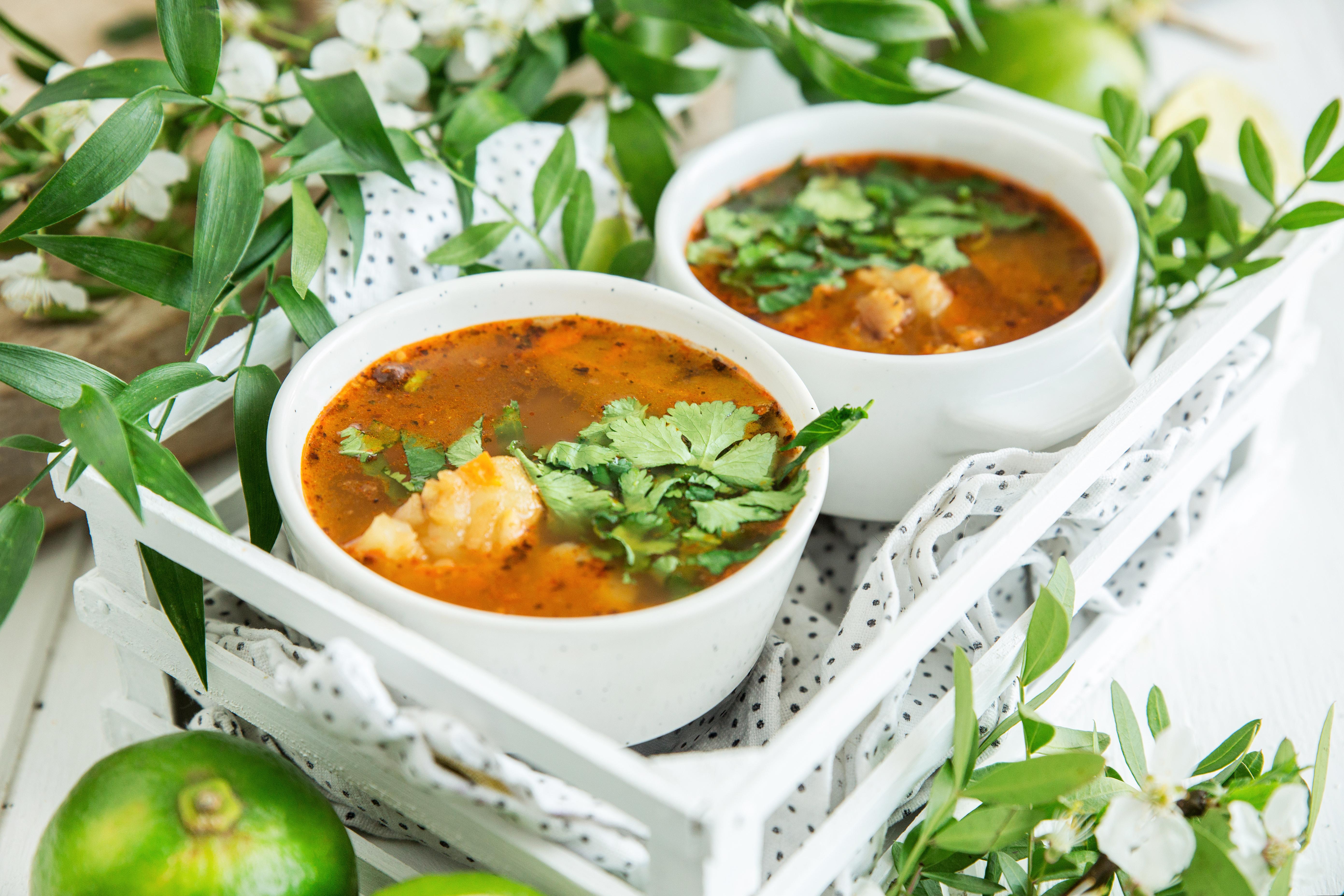 zupa rybna z chrzanem i kolendra poziom